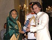 The President, Smt. Pratibha Devisingh Patil presenting the Padma Shri Award to Shri Saif Ali Khan Pataudi, at the Civil Investiture Ceremony-II, at Rashtrapati Bhavan, in New Delhi on April 07, 2010.